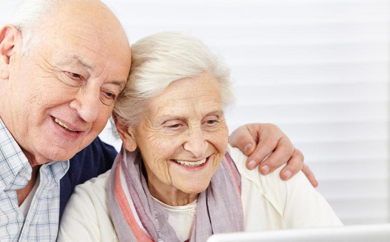 Resultado de imagem para seguro de vida para os idoso