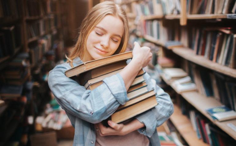 f03eaab58 6 dicas para economizar na hora de comprar livros