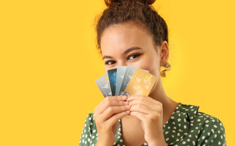 Vale A Pena Pagar Anuidade Do Cartão De Crédito